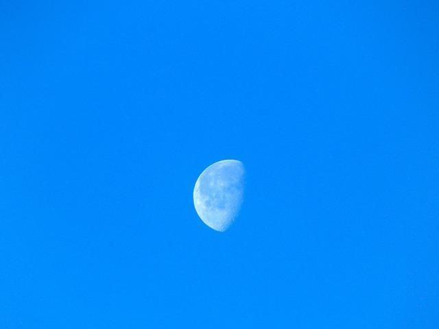blue-629934_640
