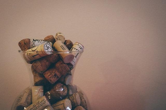 wine-912765_640