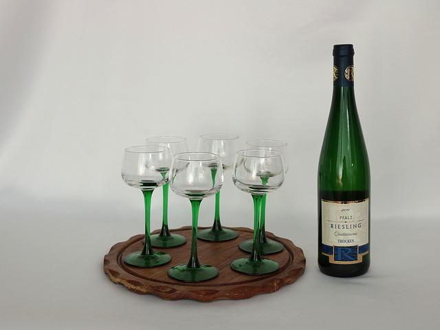 wine-360278_640
