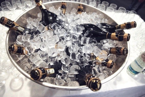 champagne-438448_1280