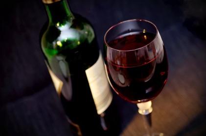 wine-541922_640