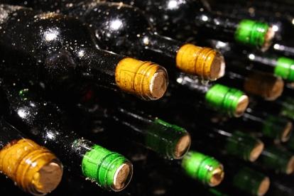 wine-archive-1326591-639x426