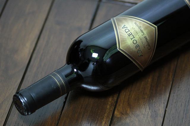 wine-bottle-852426_640