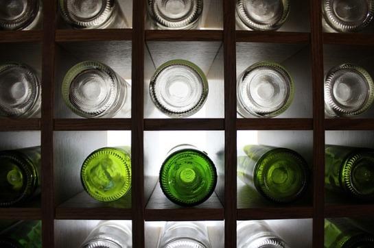 bottles-1252792_640