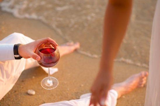 wine-1978545_640