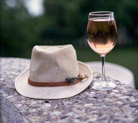rosé_chapéu
